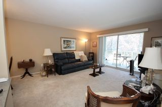 """Photo 7: 209 1459 BLACKWOOD Street: White Rock Condo for sale in """"CHARTWELL"""" (South Surrey White Rock)  : MLS®# R2397945"""