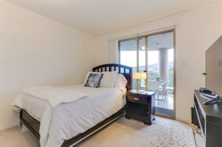 "Photo 12: 1501 1199 EASTWOOD Street in Coquitlam: North Coquitlam Condo for sale in ""The Selkirk"" : MLS®# R2404529"