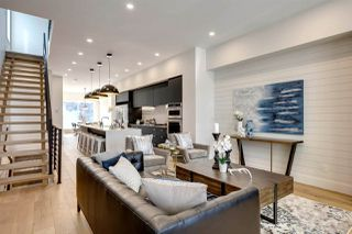 Photo 3: 14025 106 Avenue in Edmonton: Zone 11 House for sale : MLS®# E4174864