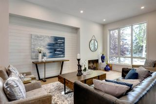 Photo 2: 14025 106 Avenue in Edmonton: Zone 11 House for sale : MLS®# E4174864