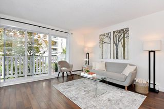 "Photo 4: 206 2365 W 3RD Avenue in Vancouver: Kitsilano Condo for sale in ""LANDMARK HORIZON"" (Vancouver West)  : MLS®# R2409461"