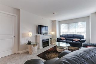 "Photo 5: 416 19677 MEADOW GARDENS Way in Pitt Meadows: North Meadows PI Condo for sale in ""THE FAIRWAYS"" : MLS®# R2410673"