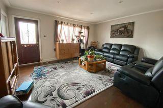 Photo 2: 10802 155 Street in Edmonton: Zone 21 House for sale : MLS®# E4178862