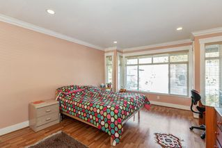 Photo 12: 549 W 28TH Street in North Vancouver: Upper Lonsdale House for sale : MLS®# R2427195