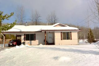 Photo 1: 1660 TELEGRAPH Street: Telkwa House for sale (Smithers And Area (Zone 54))  : MLS®# R2436322