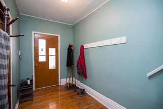 Photo 3: 488 Simcoe Street in Winnipeg: West End House for sale (5A)  : MLS®# 1912836