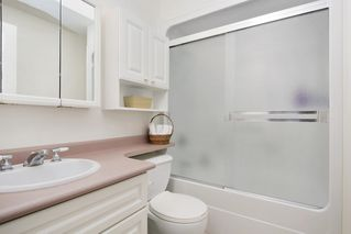 "Photo 15: 232 1ST Avenue: Cultus Lake House for sale in ""Cultus Lake Park"" : MLS®# R2448191"