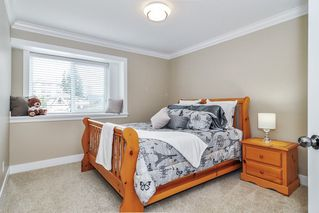 Photo 12: 15520 GOGGS Avenue: White Rock House for sale (South Surrey White Rock)  : MLS®# R2484038