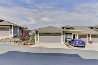"Photo 3: 32 6026 LINDEMAN Street in Chilliwack: Promontory Townhouse for sale in ""Hillcrest Lane"" (Sardis)  : MLS®# R2485798"