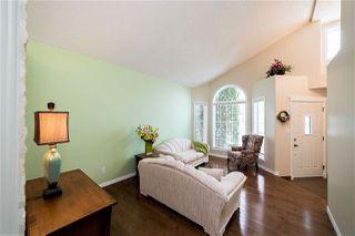 Photo 3: 24 Oakview Crescent: St. Albert House for sale : MLS®# E4219200