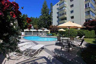 Photo 3: 415 1425 ESQUIMALT AVENUE in West Vancouver: Ambleside Condo for sale : MLS®# R2464523