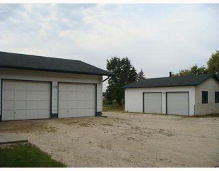 Photo 2: 100 HAZEL Avenue in ST ANDREWS: Clandeboye / Lockport / Petersfield Single Family Detached for sale (Winnipeg area)  : MLS®# 2715454