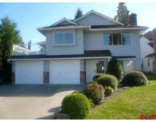 Photo 1: 15736 98A Avenue in Surrey: Guildford House for sale (North Surrey)  : MLS®# F2803118