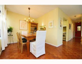 Photo 2: 203 2239 ST CATHERINES Street in Vancouver: Mount Pleasant VE Condo for sale (Vancouver East)  : MLS®# V694050