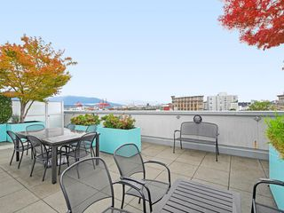 """Photo 19: 501 53 W HASTINGS Street in Vancouver: Downtown VW Condo for sale in """"PARIS BLOCK"""" (Vancouver West)  : MLS®# R2404380"""