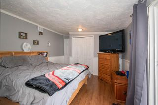 """Photo 11: 63 95 LAIDLAW Road in Smithers: Smithers - Rural Manufactured Home for sale in """"MOUNTAIN VIEW MOBILE HOME PARK"""" (Smithers And Area (Zone 54))  : MLS®# R2410431"""