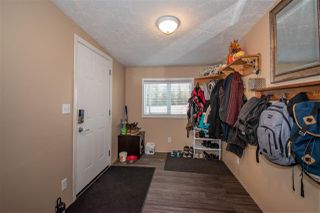 """Photo 2: 63 95 LAIDLAW Road in Smithers: Smithers - Rural Manufactured Home for sale in """"MOUNTAIN VIEW MOBILE HOME PARK"""" (Smithers And Area (Zone 54))  : MLS®# R2410431"""