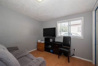 """Photo 10: 63 95 LAIDLAW Road in Smithers: Smithers - Rural Manufactured Home for sale in """"MOUNTAIN VIEW MOBILE HOME PARK"""" (Smithers And Area (Zone 54))  : MLS®# R2410431"""