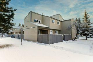 Main Photo: 1626 LAKEWOOD Road W in Edmonton: Zone 29 Townhouse for sale : MLS®# E4181743