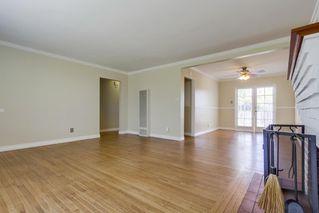 Photo 4: LEMON GROVE House for sale : 3 bedrooms : 1385 Taft St