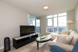 "Photo 8: 2301 4900 LENNOX Lane in Burnaby: Metrotown Condo for sale in ""THE PARK"" (Burnaby South)  : MLS®# R2432406"
