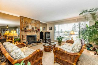 "Photo 3: 2660 MARBLE HILL Drive in Abbotsford: Abbotsford East House for sale in ""McMillan"" : MLS®# R2434843"