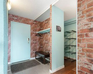 Photo 5: 2305 221 6 Avenue SE in Calgary: Downtown Commercial Core Apartment for sale : MLS®# C4288316