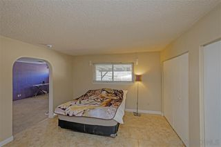 Photo 13: OUT OF AREA House for sale : 4 bedrooms : 2024 Barcelona in Barstow