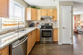 Photo 2: 60 INVERNESS Grove SE in Calgary: McKenzie Towne Detached for sale : MLS®# C4301265