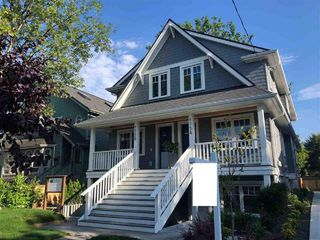 Photo 1: 1754 GRAVELEY Street in Vancouver: Grandview Woodland 1/2 Duplex for sale (Vancouver East)  : MLS®# R2472808