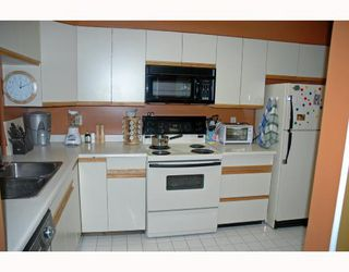 """Photo 7: 401 6055 NELSON Avenue in Burnaby: Forest Glen BS Condo for sale in """"La Mirage"""" (Burnaby South)  : MLS®# V691418"""