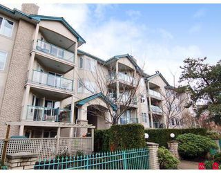 """Photo 1: 305 20433 53RD Avenue in Langley: Langley City Condo for sale in """"COUNTRYSIDE ESTATES"""" : MLS®# F2806828"""