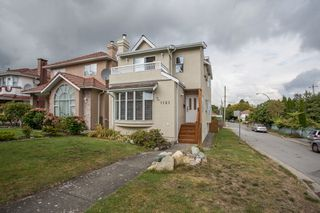 Photo 1: 1121 E 27TH AVENUE in Vancouver: Knight House for sale (Vancouver East)  : MLS®# R2403428