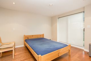 Photo 15: 1121 E 27TH AVENUE in Vancouver: Knight House for sale (Vancouver East)  : MLS®# R2403428