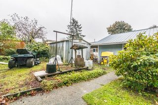 Photo 15: 2112 MARTENS Street in Abbotsford: Poplar Manufactured Home for sale : MLS®# R2411479