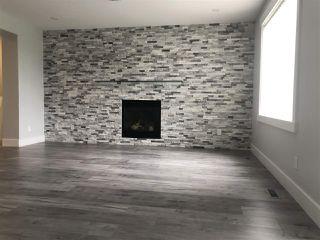 Photo 3: 4748 154 Avenue in Edmonton: Zone 03 House for sale : MLS®# E4182023