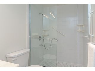 """Photo 12: 104 1322 MARTIN Street: White Rock Condo for sale in """"Blue Spruce"""" (South Surrey White Rock)  : MLS®# R2441551"""