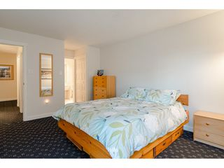 """Photo 10: 104 1322 MARTIN Street: White Rock Condo for sale in """"Blue Spruce"""" (South Surrey White Rock)  : MLS®# R2441551"""
