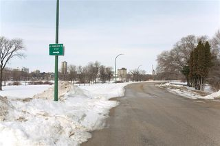 Photo 36: 23 Hemlock Place in Winnipeg: Norwood Flats Residential for sale (2B)  : MLS®# 202005194