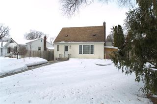 Photo 2: 23 Hemlock Place in Winnipeg: Norwood Flats Residential for sale (2B)  : MLS®# 202005194