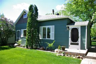Photo 1: 208 Angus Street in Windthorst: Residential for sale : MLS®# SK812805