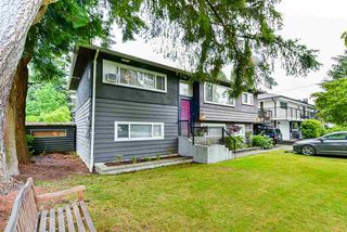 Photo 1: 3664 CEDAR Drive in Port Coquitlam: Lincoln Park PQ House for sale : MLS®# R2466154