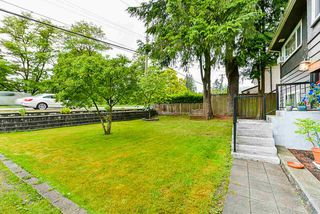 Photo 3: 3664 CEDAR Drive in Port Coquitlam: Lincoln Park PQ House for sale : MLS®# R2466154