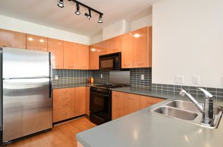 "Photo 10: 313 2268 REDBUD Lane in Vancouver: Kitsilano Condo for sale in ""ANSONIA"" (Vancouver West)  : MLS®# R2503703"