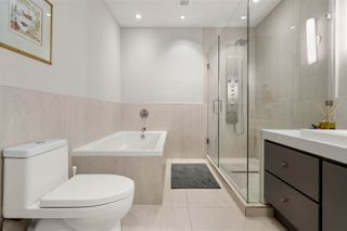 """Photo 22: 301 1510 W 6TH Avenue in Vancouver: Fairview VW Condo for sale in """"THE ZONDA"""" (Vancouver West)  : MLS®# R2505016"""