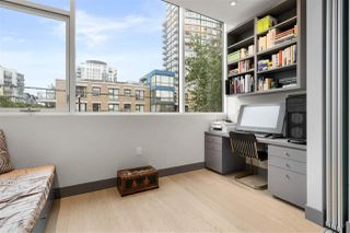 """Photo 15: 301 1510 W 6TH Avenue in Vancouver: Fairview VW Condo for sale in """"THE ZONDA"""" (Vancouver West)  : MLS®# R2505016"""