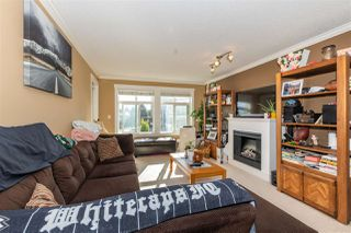 Photo 5: 305 33255 OLD YALE Road in Abbotsford: Central Abbotsford Condo for sale : MLS®# R2511696