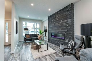 Photo 3: 9524 71 Avenue in Edmonton: Zone 17 House for sale : MLS®# E4224857
