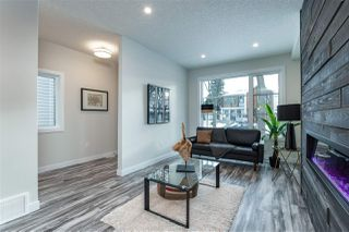 Photo 5: 9524 71 Avenue in Edmonton: Zone 17 House for sale : MLS®# E4224857