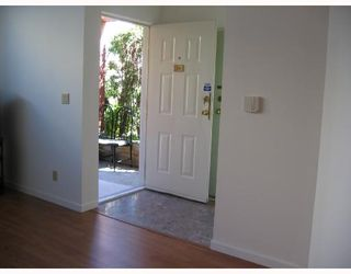 """Photo 2: 278 8333 JONES Road in Richmond: Brighouse South Townhouse for sale in """"CAMELIA GARDEN"""" : MLS®# V656015"""